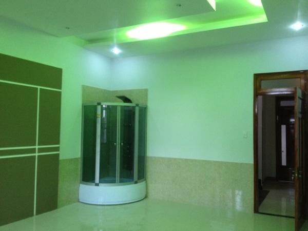 Phòng ngủ lầu 1--nhà trung tâm hành chính dĩ an.jpg