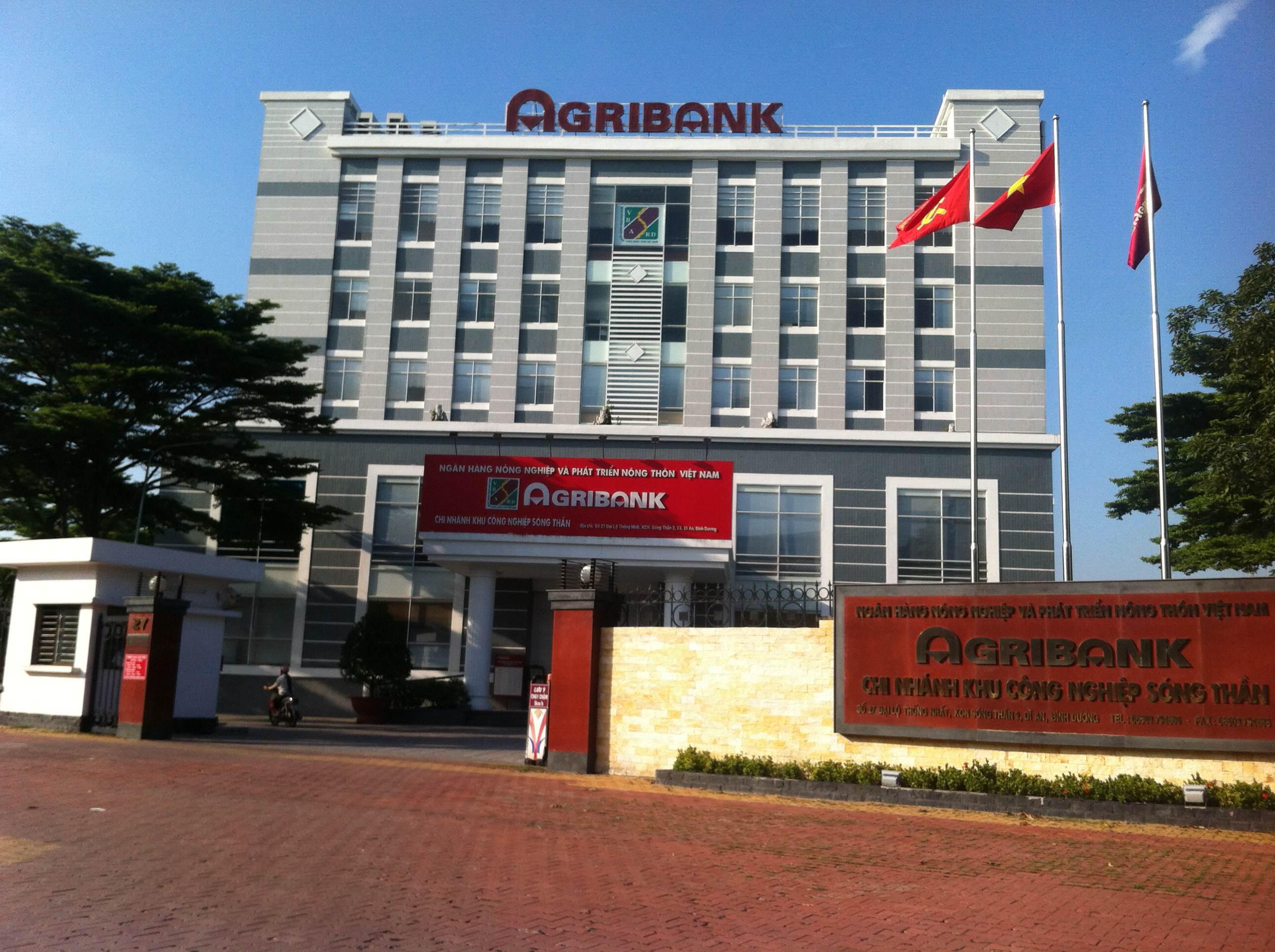 nhà mặt tiền phường tân đông hiệp thị xã dĩ an gần gần hàng AGRIBANK.