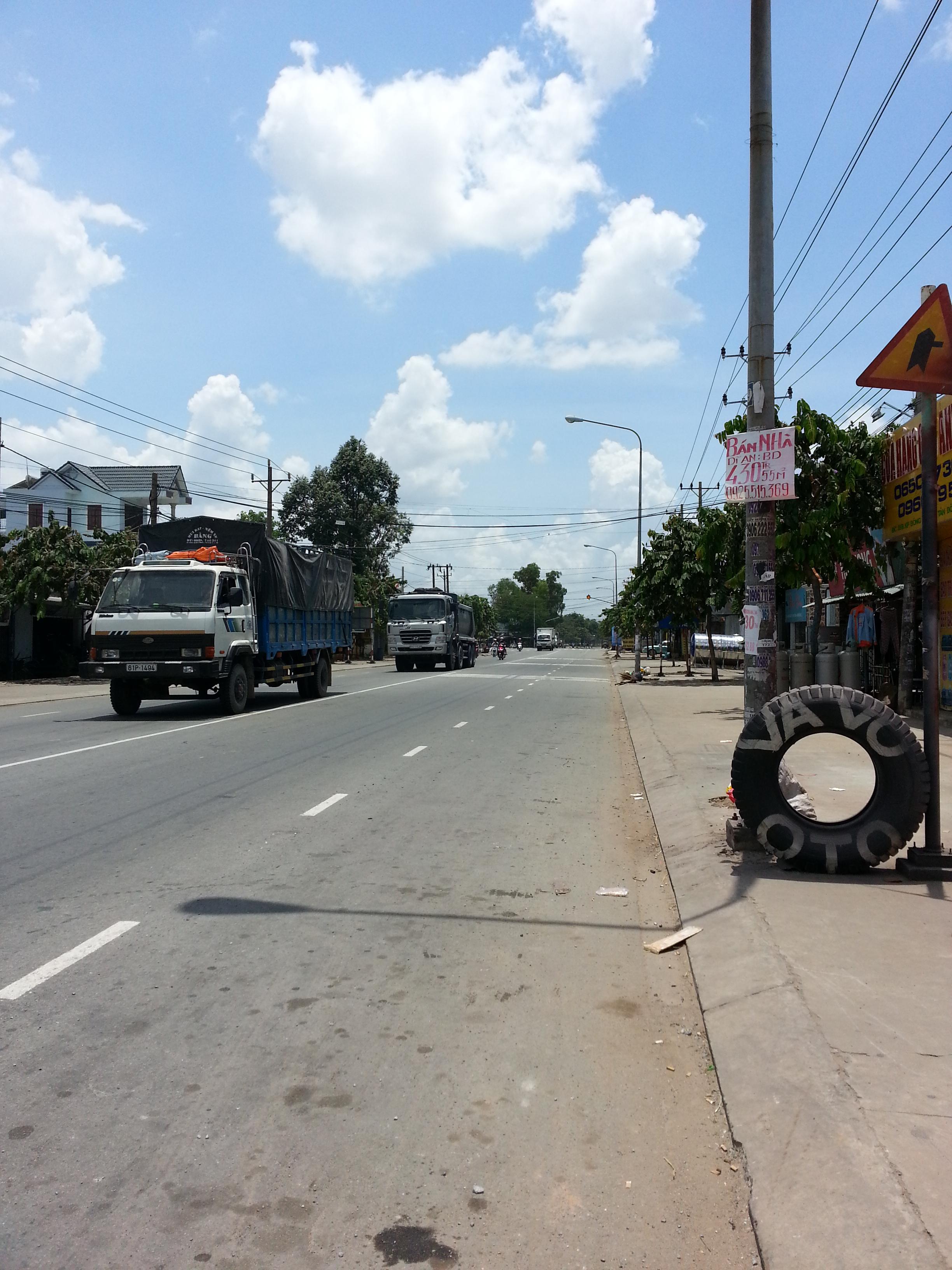 đường trước nhà đường trần hưng đạo thị xã dĩ an