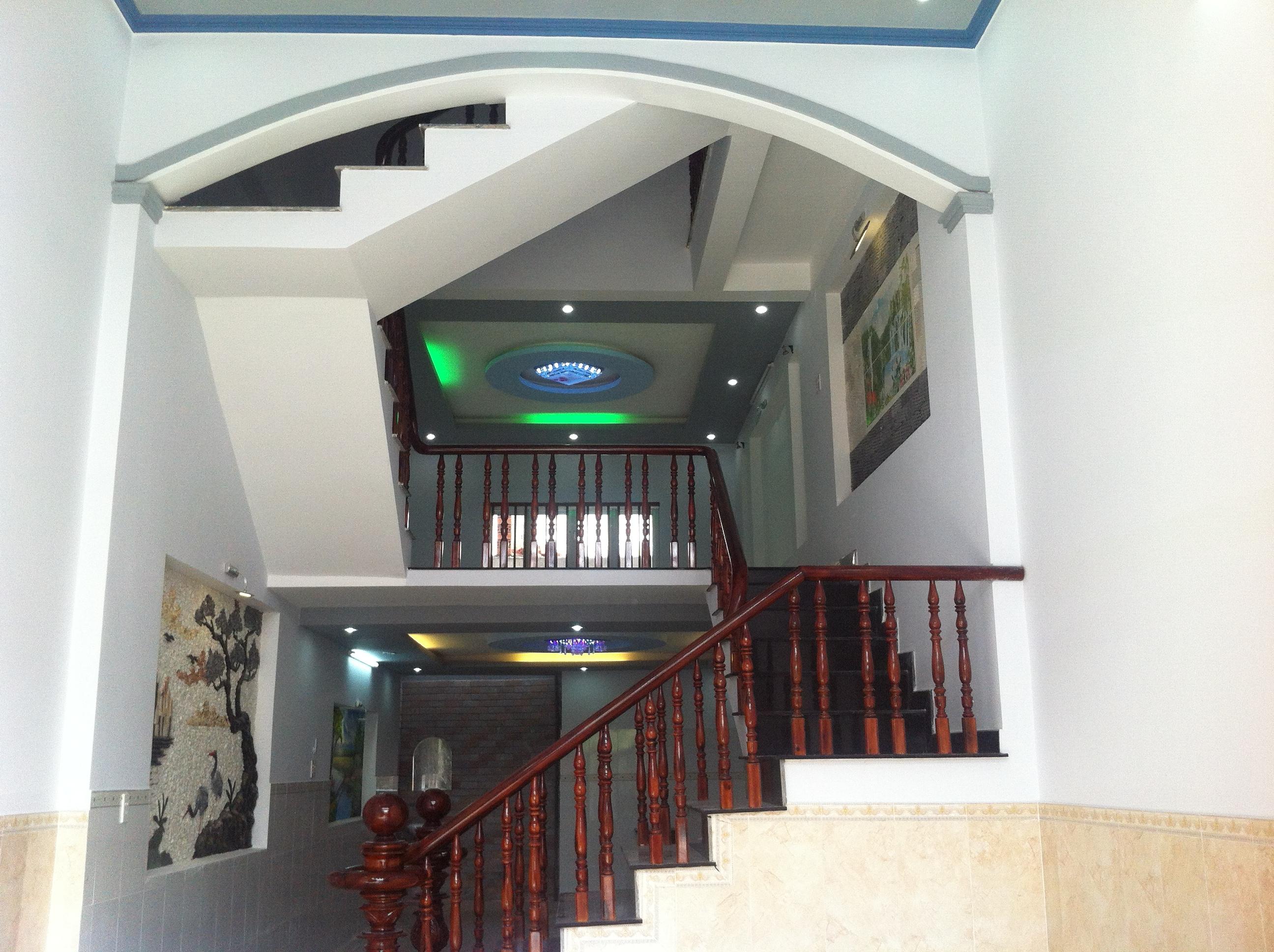 không gian bên trong căn nhà thiết kế đẹp 2014 ở dĩ an bình dương