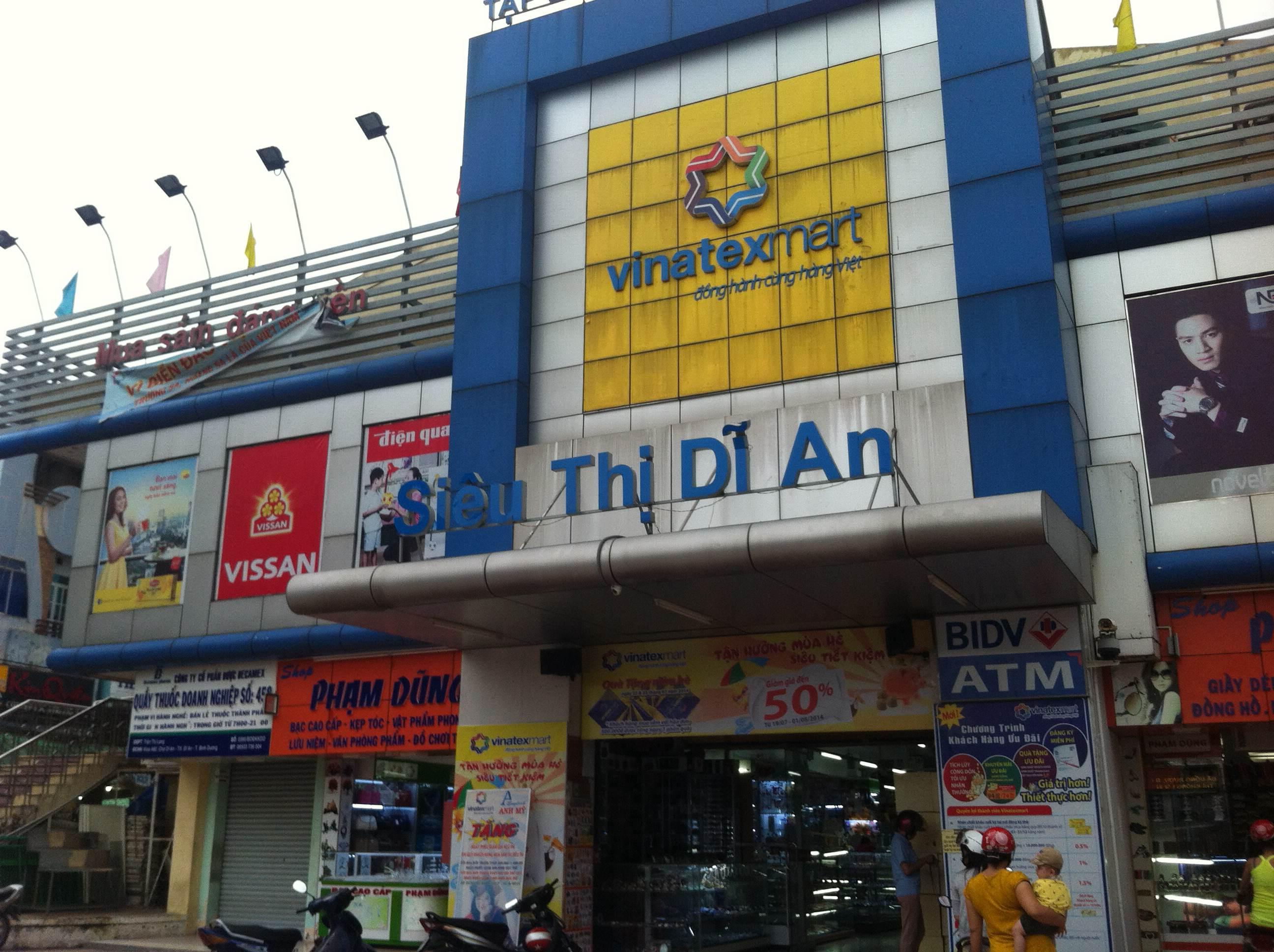 nhà mặt tiền buôn bán đường thông, gần siêu thị dĩ an