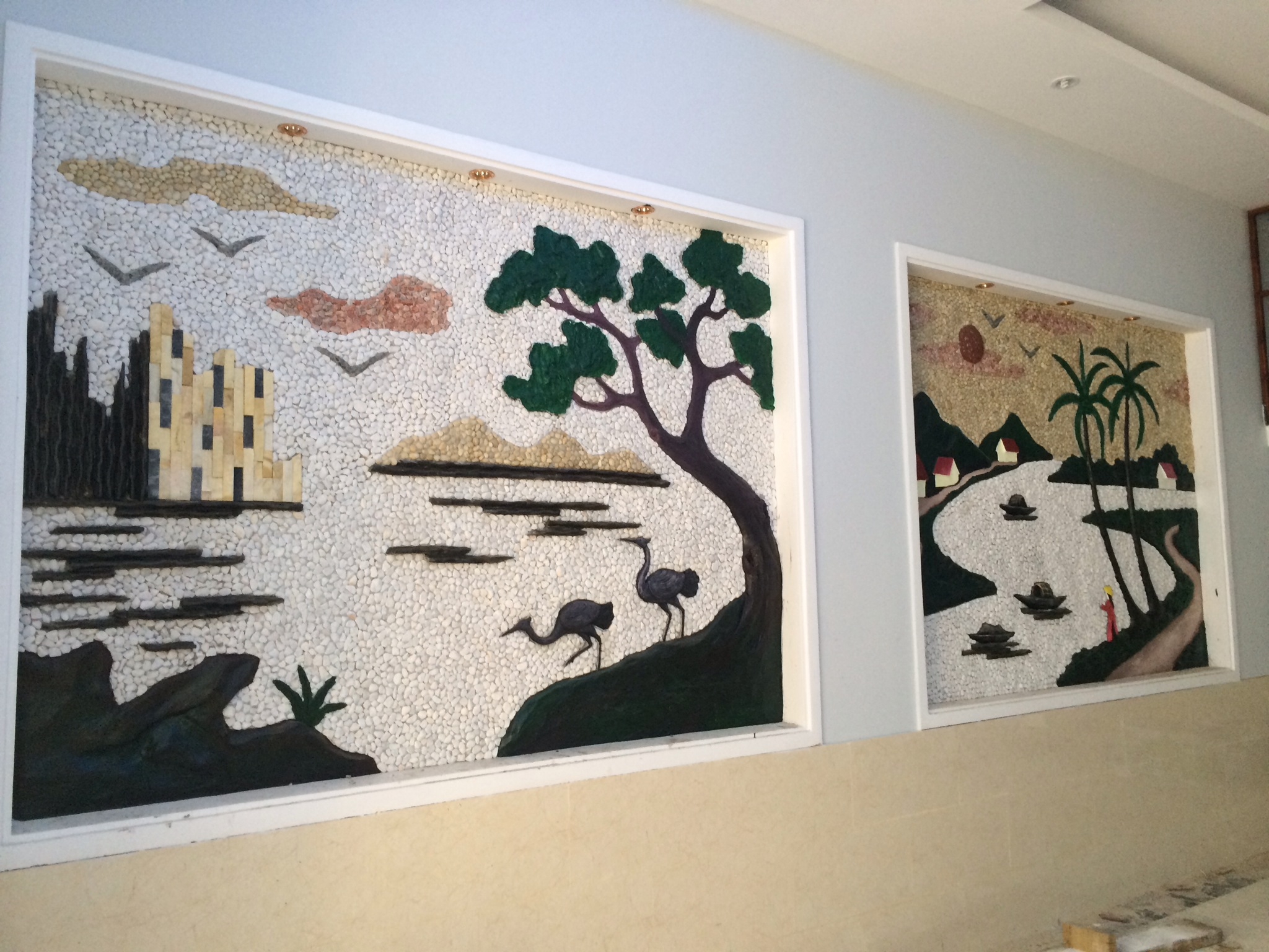 trang trí bên trong nhà mặt tiền buôn bán , mở văn phòng tại trung tâm hành chính dĩ a.JPG