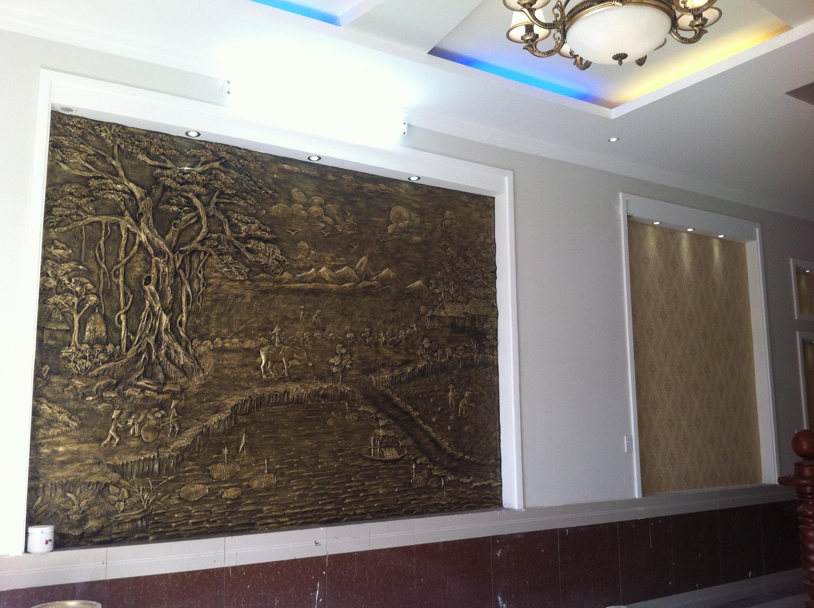 trang trí nhà DT. 140m2, mặt tiền gần chợ dĩ an