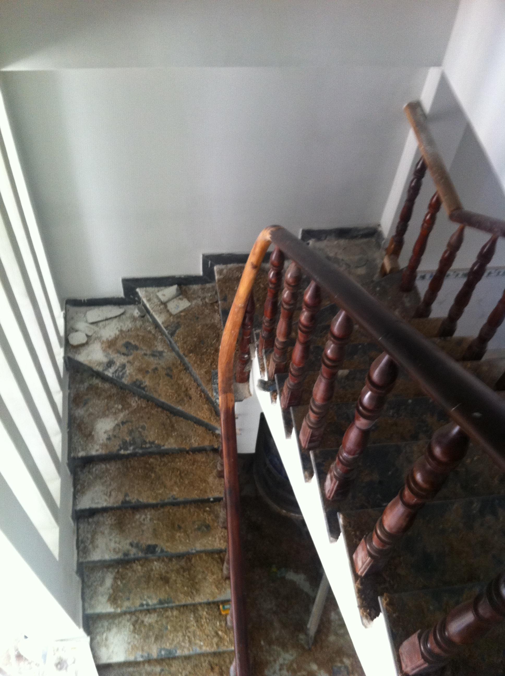 cầu thang Nhà đất huyện dĩ an mới nhất