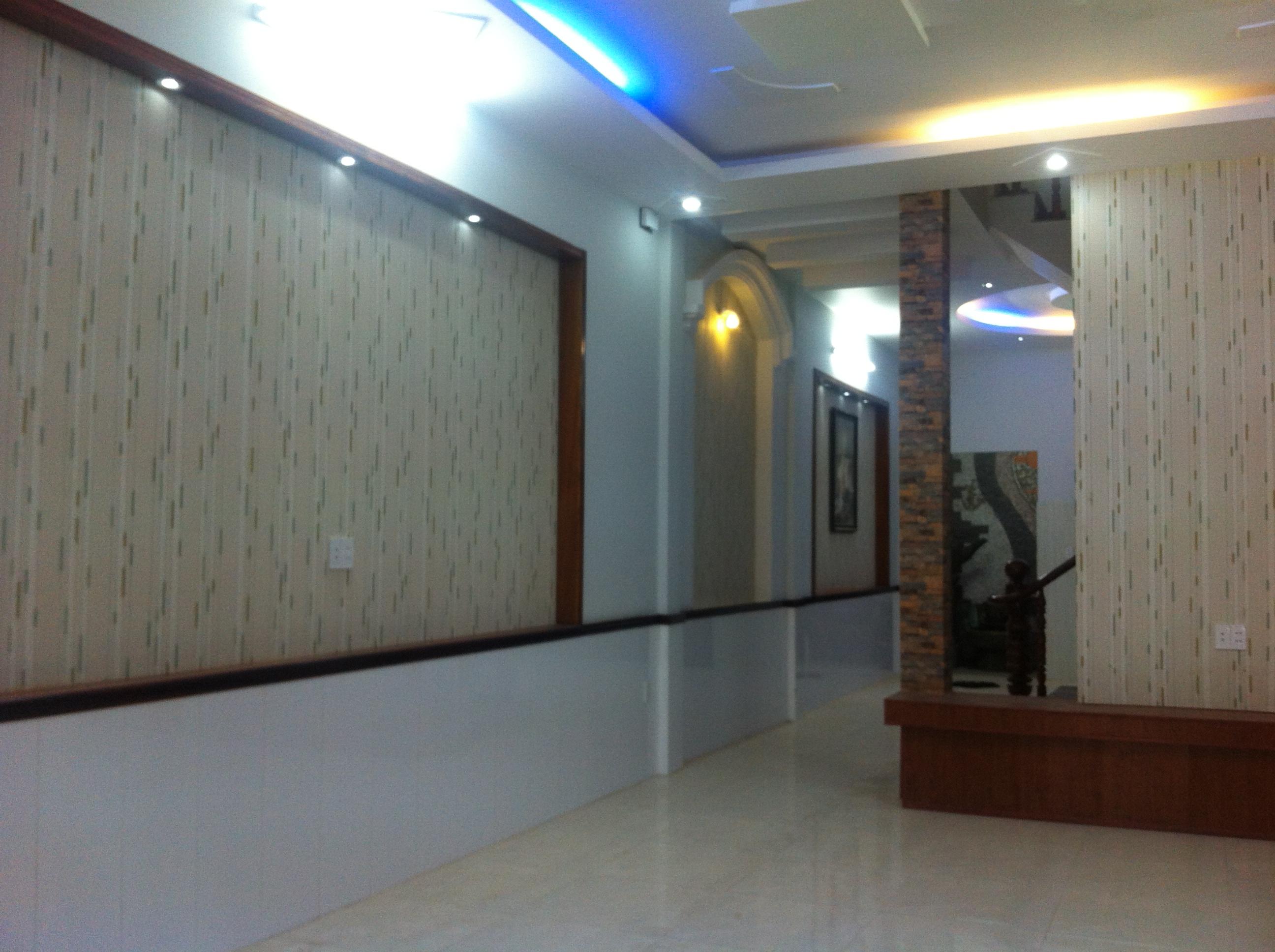 tường nhà đẹp tại trung tâm hành chính dĩ an, gần thủ đức