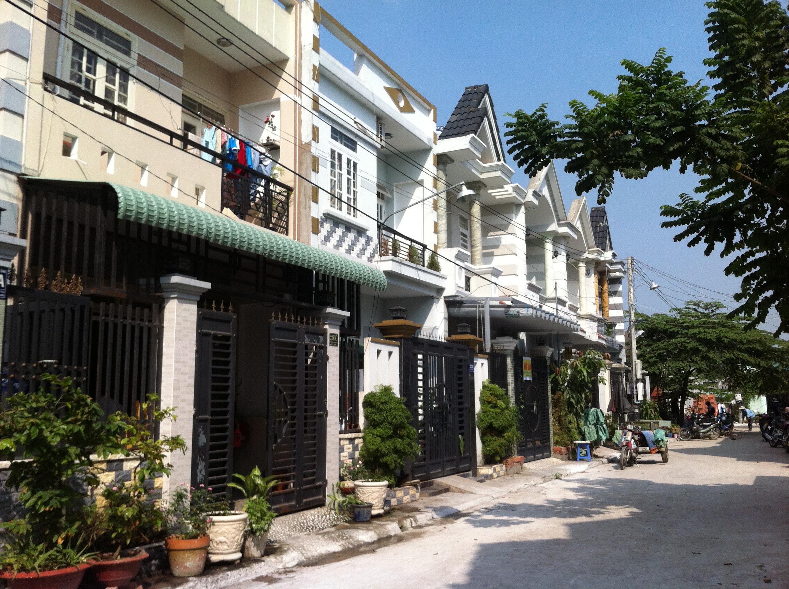 đường trước Nhà Trong Khu Dân Cư Đông Giá 880tr