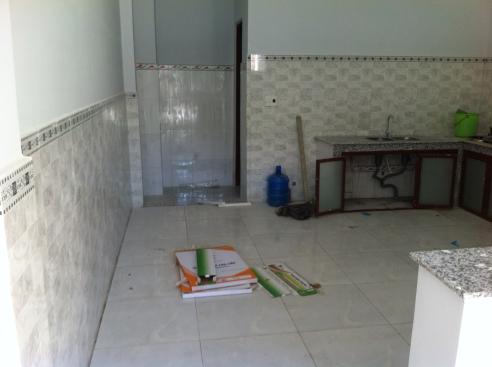 Phía sau bếp nấu trong nhà mới ở dĩ an kiến trúc đẹp, sang trọng