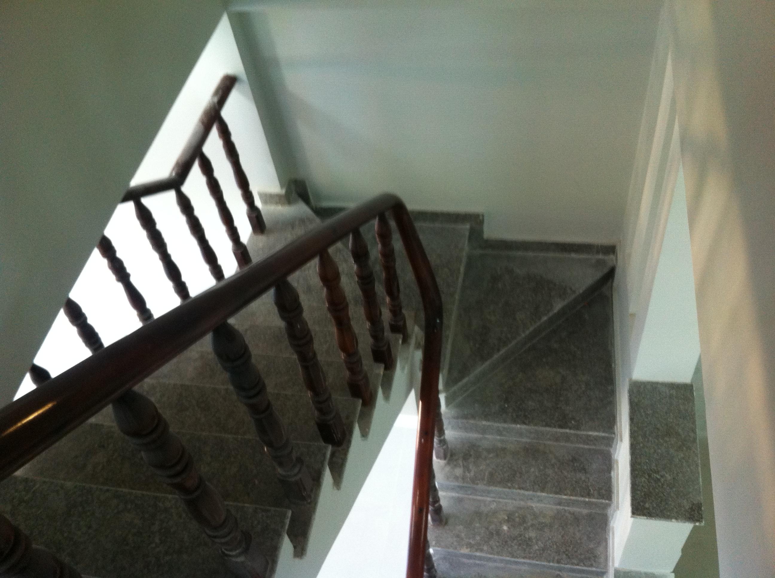 cầu thang Nhà Phố Cần Bán Có DT : 80m2 Ở Dĩ An