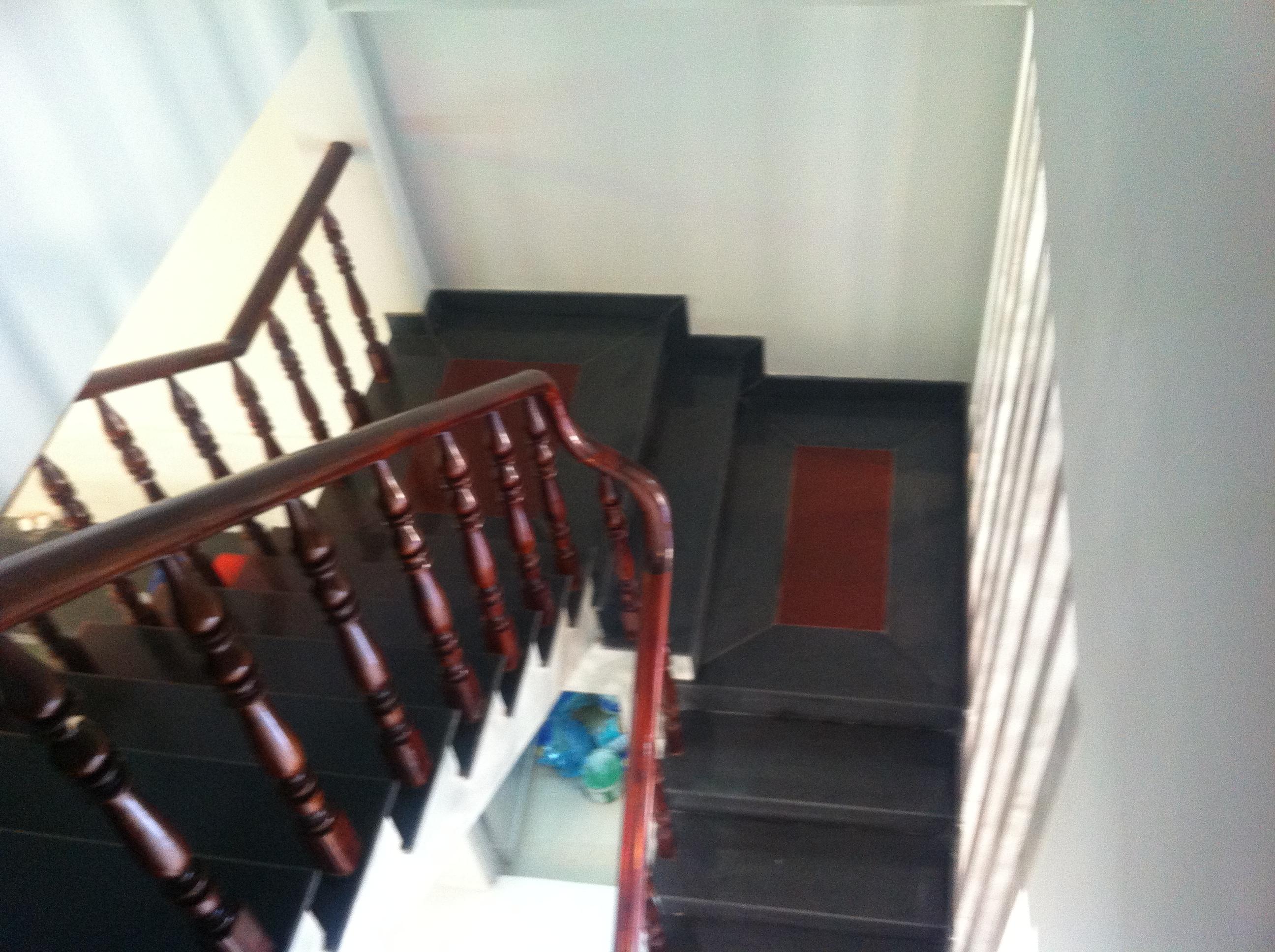 cầu thang Mẫu thiết kế nhà phố đẹp cần bán
