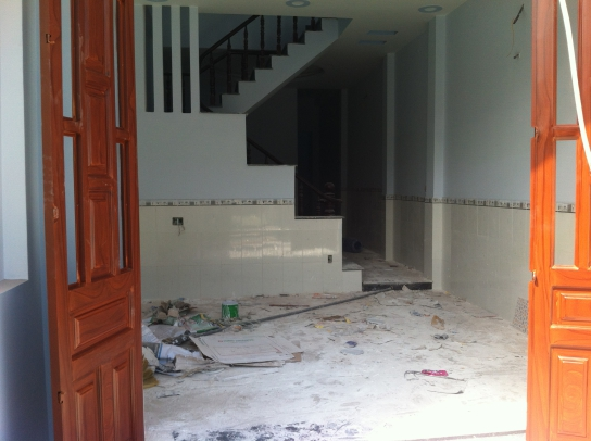 không gian bên trong nhà mới dĩ an với dt 4 x 18,5=74m2
