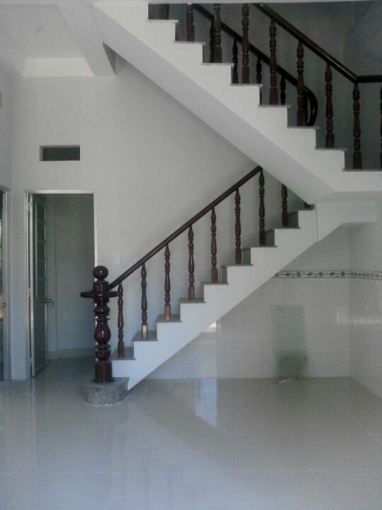 không gian trong nhà Dĩ An 150m2 giá gốc 800 triệu
