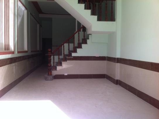 không gian trong nhà mới dĩ an bình dương dt 80m2