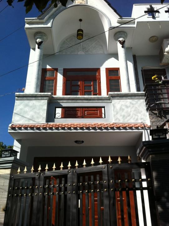 Phía trước nhà ngay khu phố thắng lợi 2 dĩ an bình dương