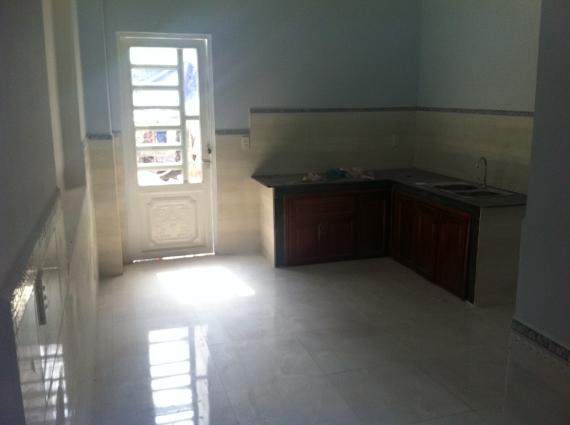 bếp nấu nhà mới trong khu dân cư đông an ninh tốt ở dĩ an