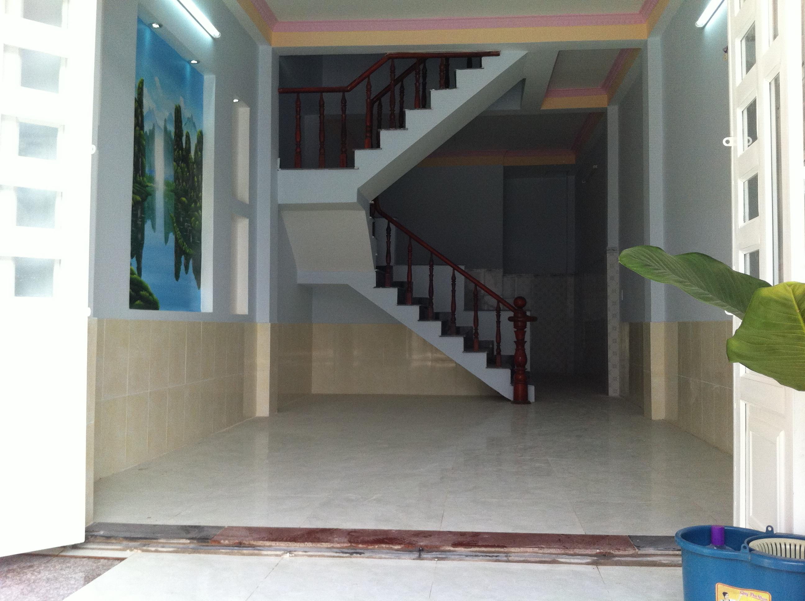 không gian phòng khách Nhà cần bán nằm ngay cổng sau KCN Visip , KCN Vietnam singapore. KCN sóng thần 1,2 thị xã dĩ an