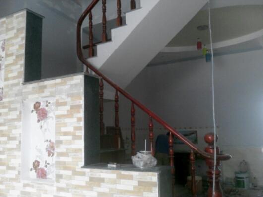 cầu thang Nhà bán gần đường truông tre trung tâm Dĩ An