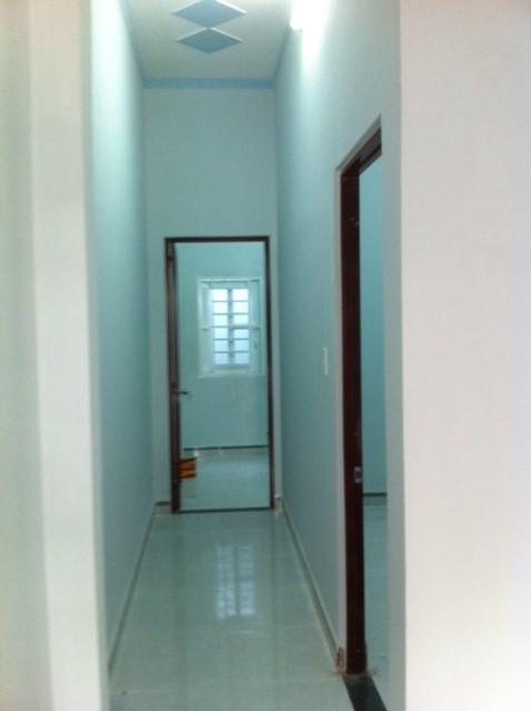 Hình ảnh thực tế hành lang của căn nhà dĩ an bình dương cần bán