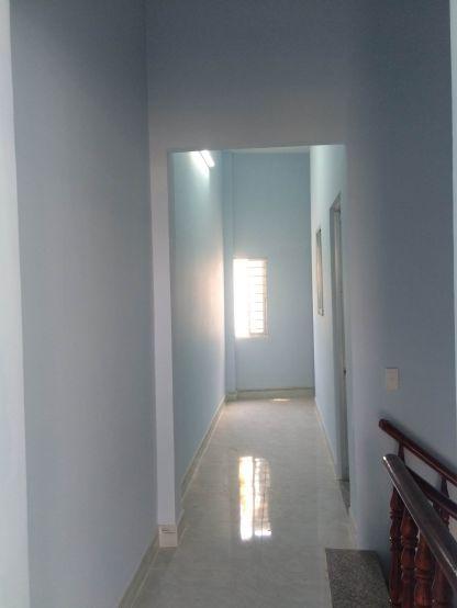 Mẫu 4 : Hành lang lầu 1.