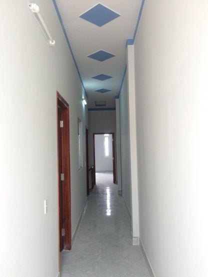 Không gian hành lang lầu 1.