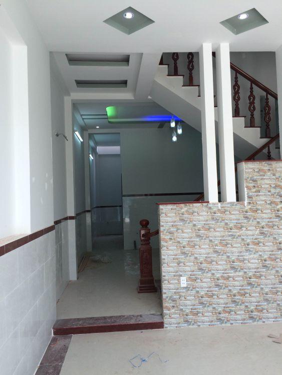 Tầng trệt đẹp nhà dĩ an chính chủ cần bán