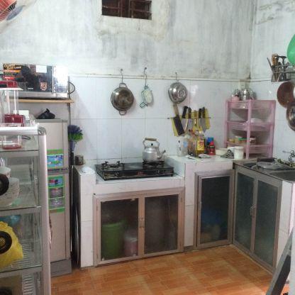 Không gian phía sau bếp.