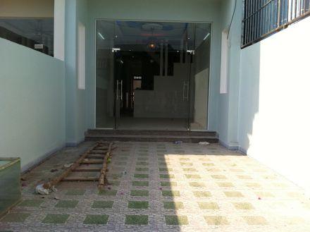sân trước nhà mới ngay khu dân cư hành chính dĩ an