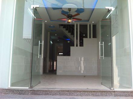 phòng khách nhà mới ngay khu dân cư hành chính dĩ an