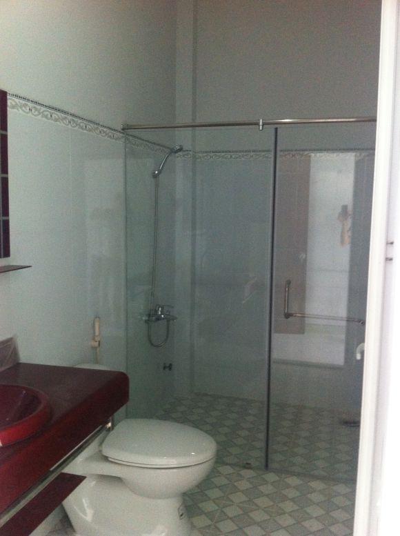 Mẫu nhà tắm của biệt thự dĩ an cần bán