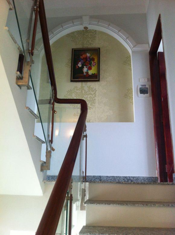 Bán gấp biệt thự bình dương chính chủ có thiết kế cầu thang kiên cố