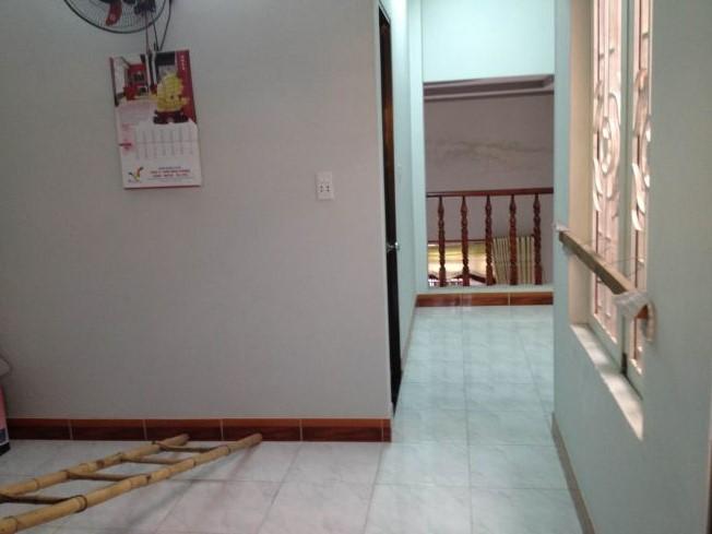 Mẫu thiết kế tầng lửng sang trọng của nhà dĩ an cần bán