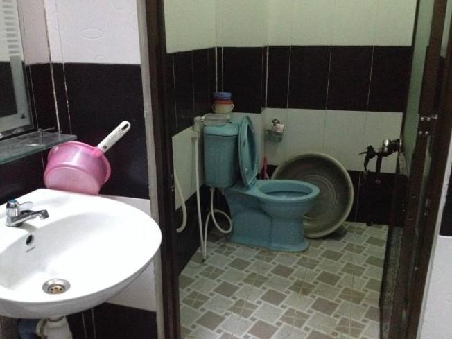 Mẫu nhà tắm đẹp của nhà đất bình dương chính chủ cần bán