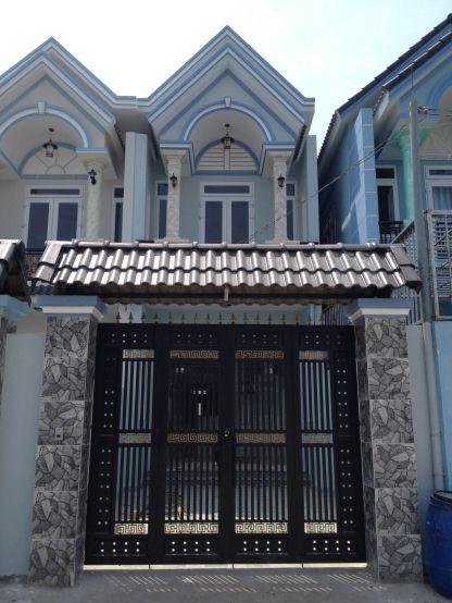 nhà 1 trệt 1 lầu mái ngói