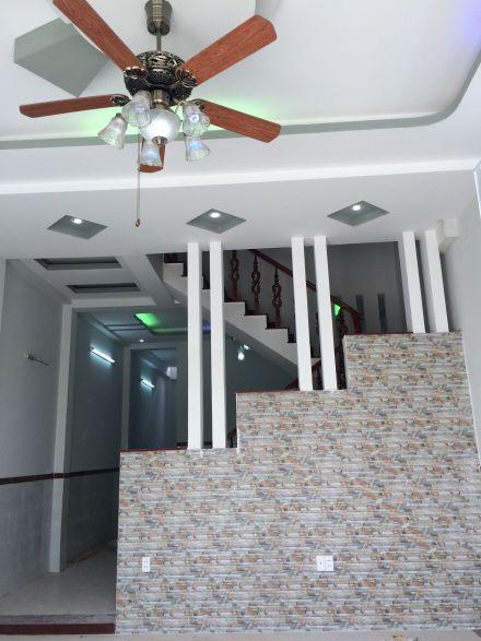 phòng khách đẹp cho nhà hẹp ở dĩ an bình dương