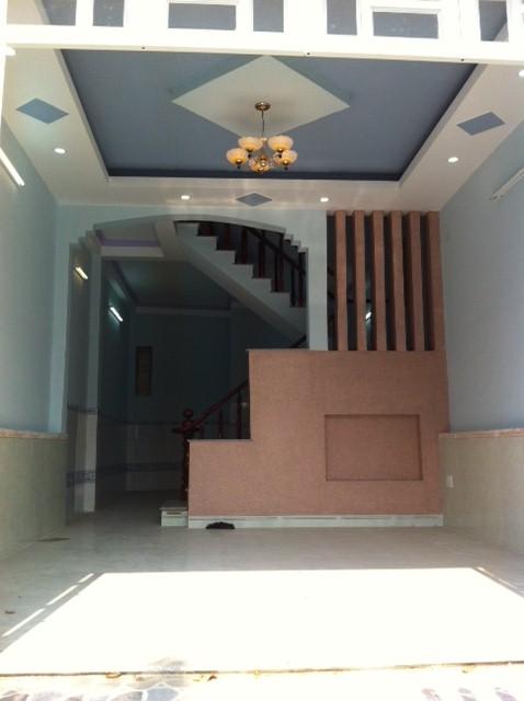 phòng khách đẹp có cầu thang ở dĩ an bình dương
