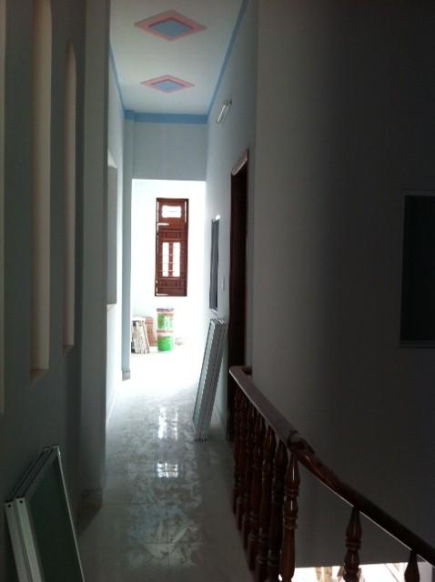 Hàng lang trên lầu 1.
