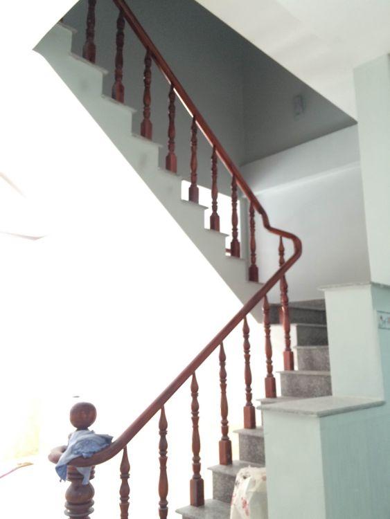 cầu thang đẹp nhất ở dĩ an bình dương