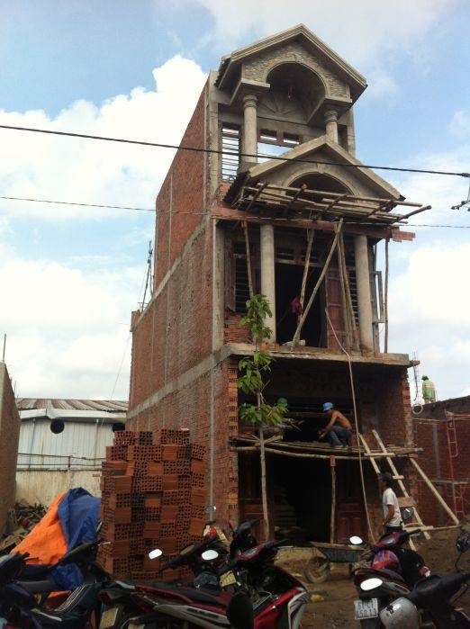 Căn nhà đang trong quá trình xây dựng