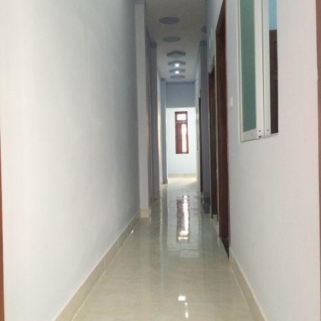 Hình ảnh cầu thang lầu 1