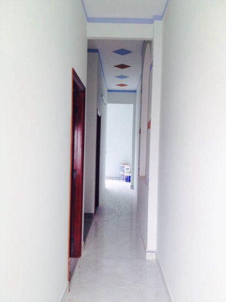 Hành lang tầng lầu,