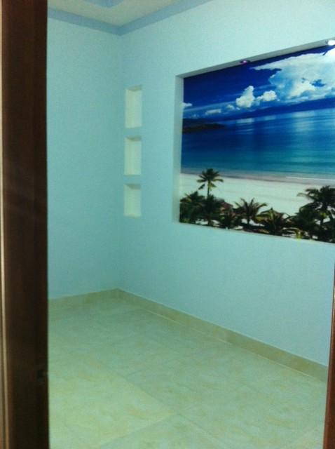 phòng ngủ trang trí tranh tường đẹp.