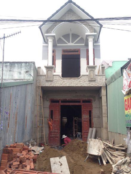 Nhà dĩ an đang trong quá trình xây dựng.