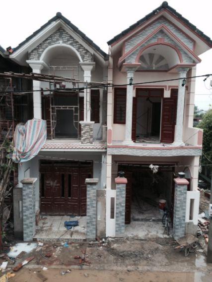 Căn nhà mới đang được xây dựng.