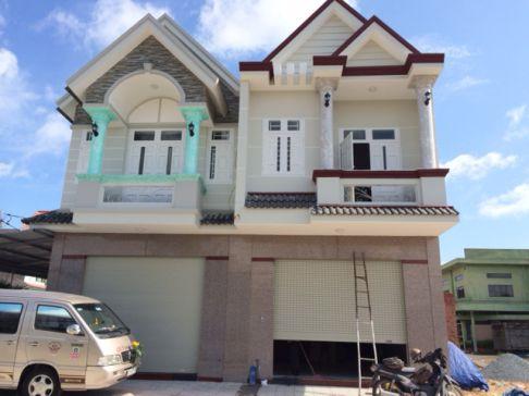 Nhà ở mới xây dựng xong.
