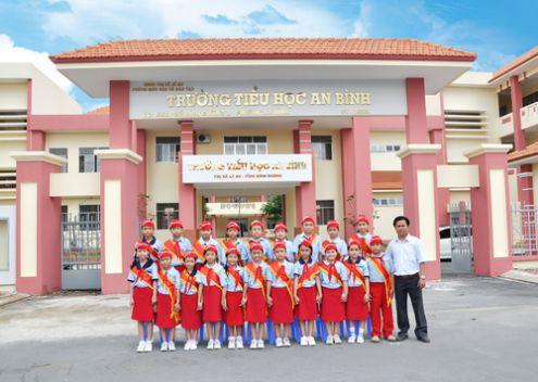 Trường học Xã An Bình.