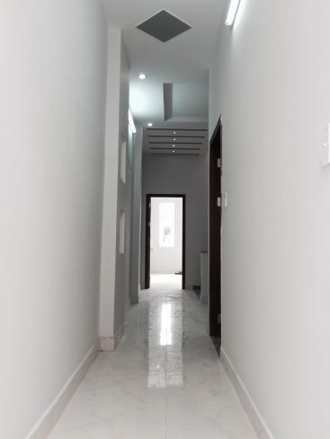 Tầng lầu.