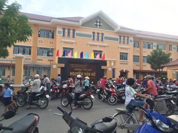 Gần trường học vị trí đẹp