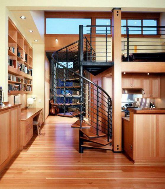 Mẫu cầu thang xoắn tạo cho căn nhà thêm linh động hơn.