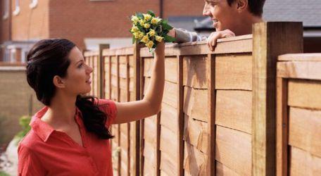 Hàng xóm tốt bụng, vui tính.
