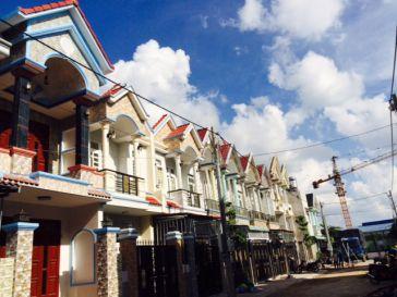 Nhà trong khu phố đông dân.