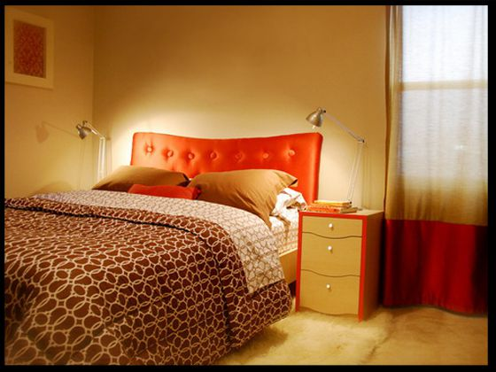 Phòng ngủ của vợ chồng có gam màu quyến rũ.